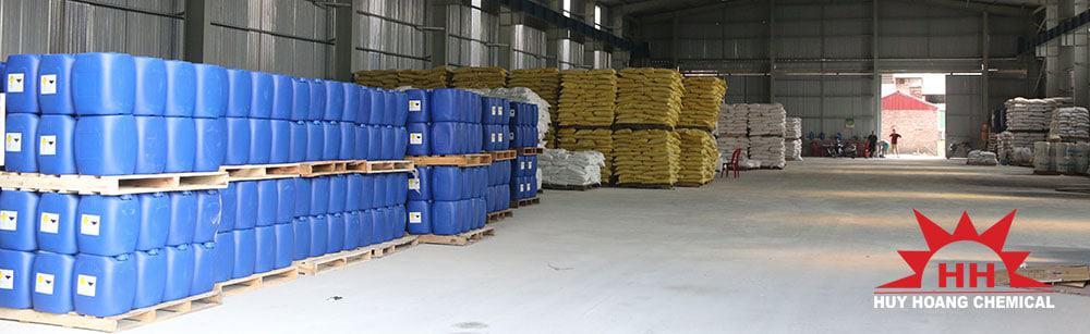 Kho hàng công ty hóa chất Huy Hoàng